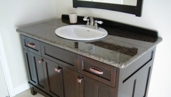 24_inch_bathroom_vanity